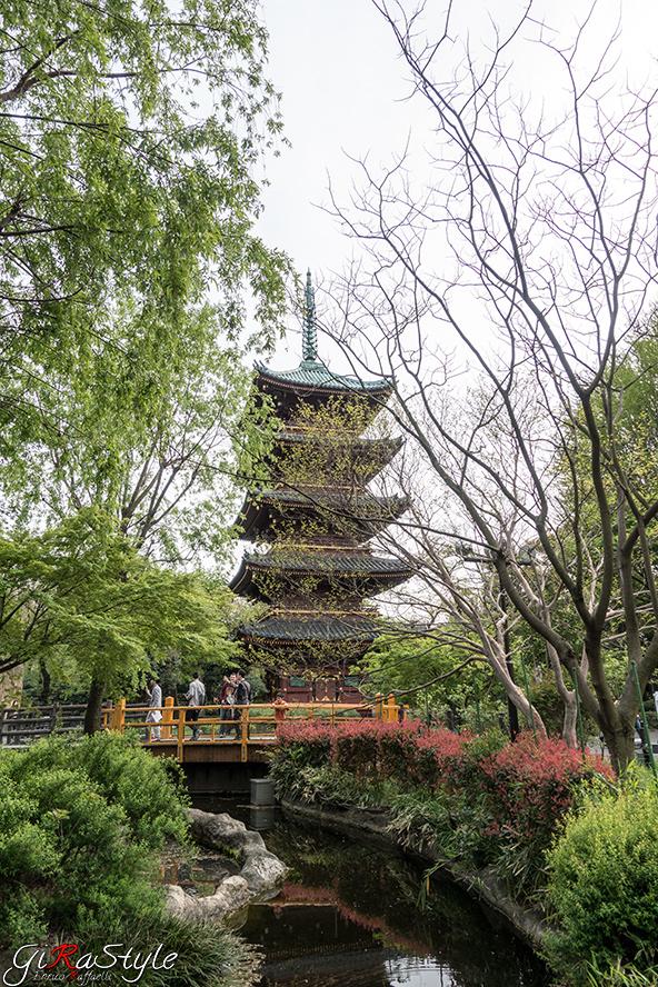 pagoda-e-fiume