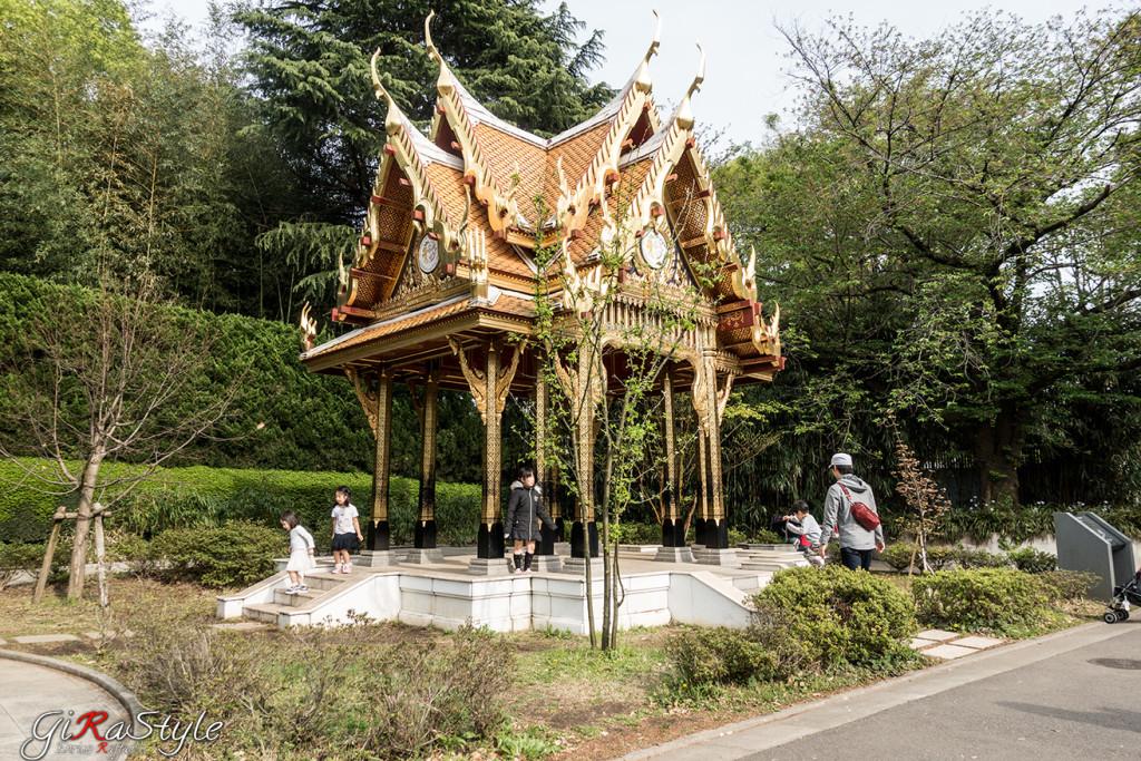 tempio-allinterno-dello-zoo