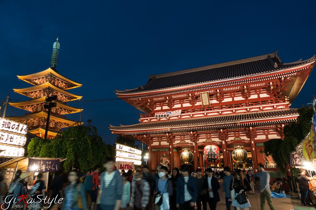 asakusa-pagoda-and-tempio