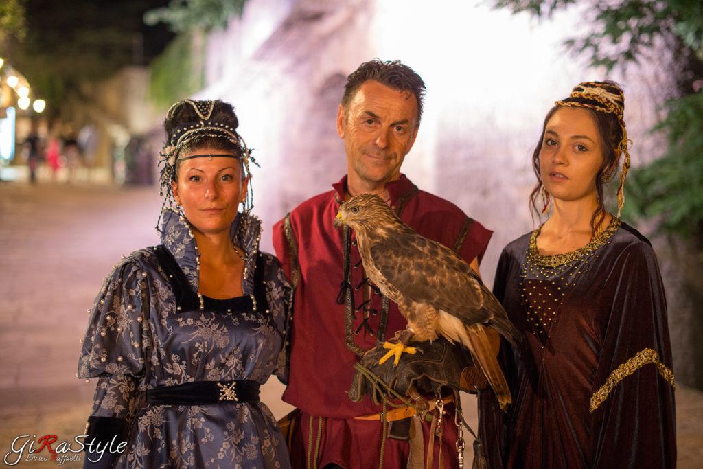 Falconiere-e-Dame-alle-giornate-Medioevali