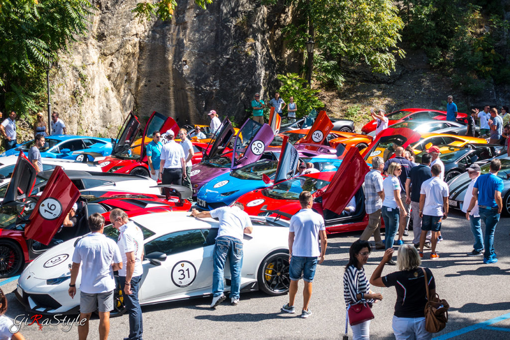 Italian-Tour-Lamboghini-San-Marino-stop