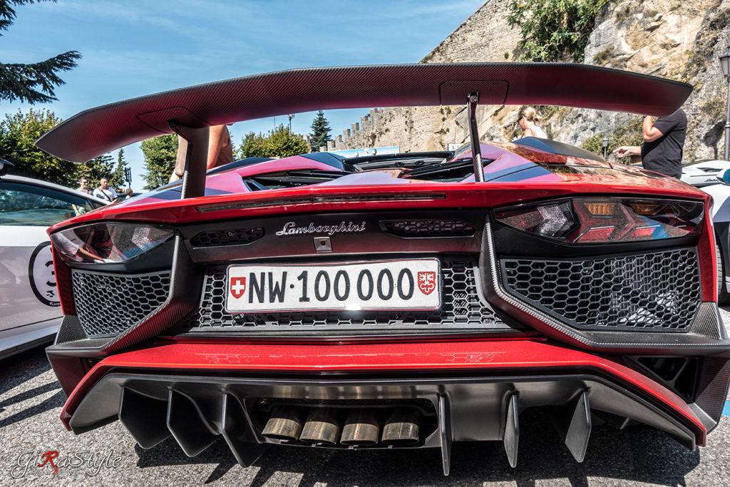 Lamboghini-Aventador-San-Marino